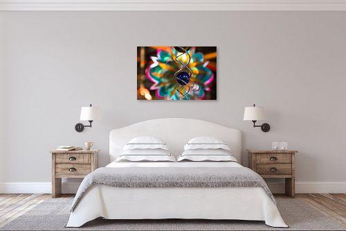 תמונה לחדר שינה - אורי לינסקיל - כדור כחול - מק''ט: 294673