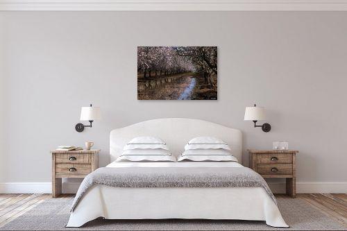 תמונה לחדר שינה - אלעד דרור - השקדייה פורחת - מק''ט: 325864