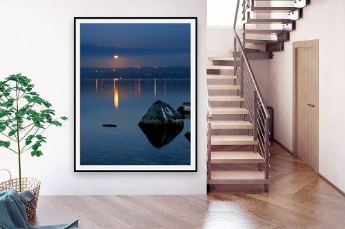 תמונה לבית - איה אפשטיין - ירח כנרת ואבן - מק''ט: 164769