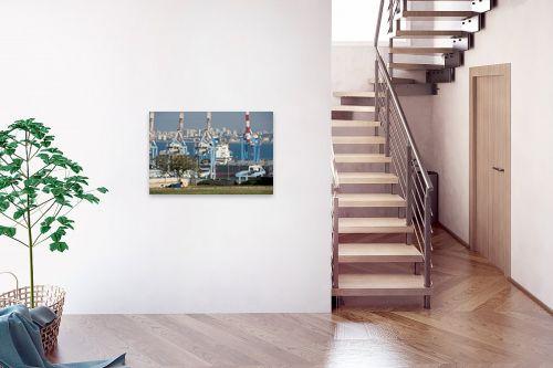 תמונה לבית - אורי לינסקיל - מעל הנמל - מק''ט: 275156