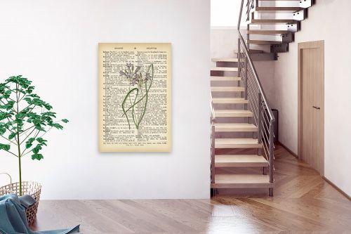 תמונה לבית - Artpicked - צמח סגול לבן רטרו על טקסט - מק''ט: 330221