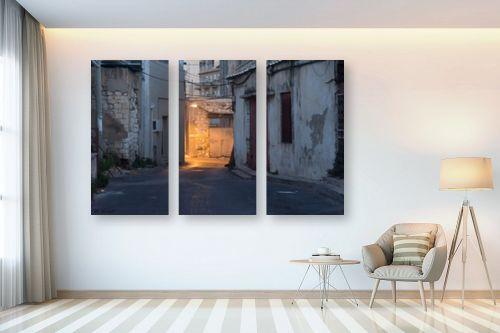תמונה לבית - אורי לינסקיל - בוקר בעירתחתית - מק''ט: 294674