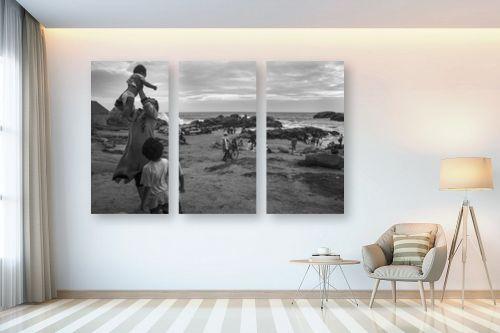 תמונה לבית - אילן עמיחי - on the beach - מק''ט: 327424
