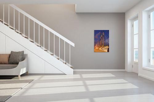 תמונה לחדר מדרגות - אריק בלקינד - מפרשית בנמל בלילה - מק''ט: 80880