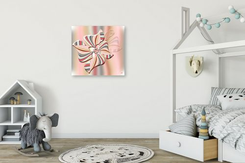 תמונה לחדר ילדים - ויקטוריה רייגירה - פרח בשיאו הורוד - מק''ט: 201043