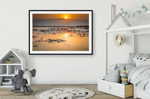 תמונה לחדר ילדים - ניקולאי טטרצ'וק - זריחה בים המלח - מק''ט: 308328