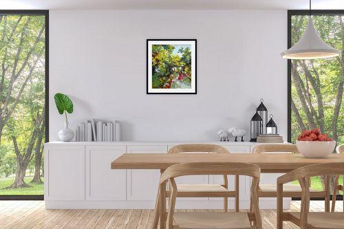 תמונה לפינת אוכל - חגי עמנואל - בשמלה אדומה - מק''ט: 247023