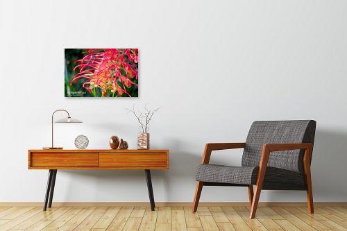 תמונה לחדרי המתנה - איה אפשטיין - דבורה על פרח - מק''ט: 12838