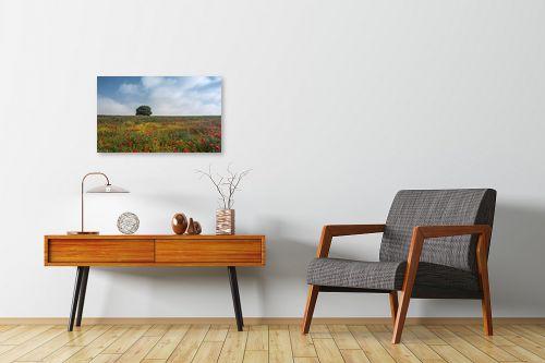 תמונה לחדרי המתנה - דורית ברקוביץ - לבד בין הפרחים - מק''ט: 282525