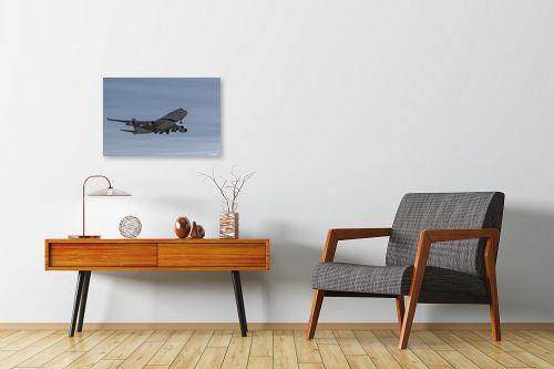 תמונה לחדרי המתנה - אלעד דרור - המלכה בנחיתה - מק''ט: 329869
