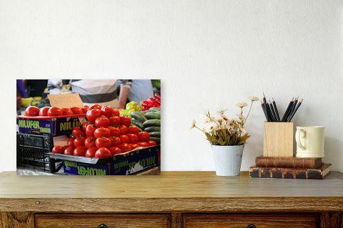 תמונה לשולחן - דן ששתיאל - עגבניות בשוק - מק''ט: 111179