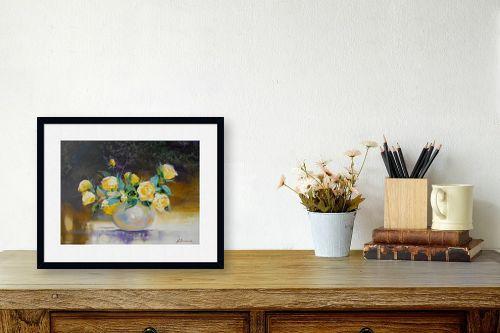 תמונה לשולחן - נטליה ברברניק - יופי בצבע צהוב - מק''ט: 122164