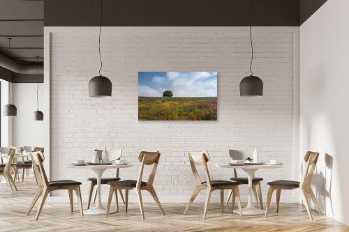 תמונה למסעדה - דורית ברקוביץ - לבד בין הפרחים - מק''ט: 282525