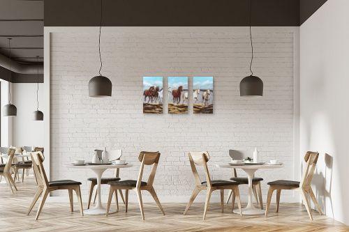 תמונה למסעדה - מזל בוכריס - דהרת סוסים - מק''ט: 316335
