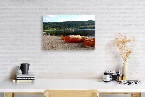 תמונה לפינת עבודה - שוש אבן - סירות באגם - מק''ט: 105338