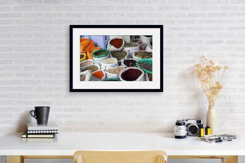 תמונה לפינת עבודה - מיכל פרטיג - צבע וארומה - מק''ט: 114661