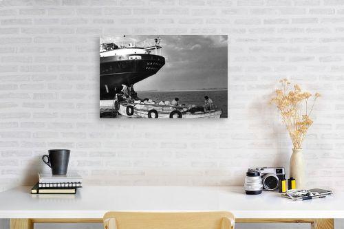 תמונה לפינת עבודה - דוד לסלו סקלי - תל אביב 1937 Vasaland - מק''ט: 145869