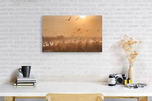 תמונה לפינת עבודה - איזבלה אלקבץ - עגורים בזריחה - מק''ט: 268930
