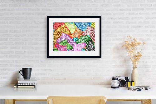 תמונה לפינת עבודה - Artpicked - זברות בצבעים - מק''ט: 329701