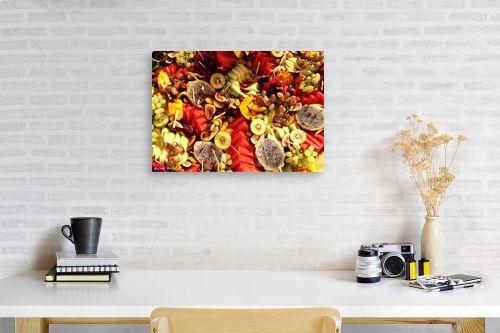 תמונה לפינת עבודה - מתן הירש - פירות צבעוניים - מק''ט: 330365