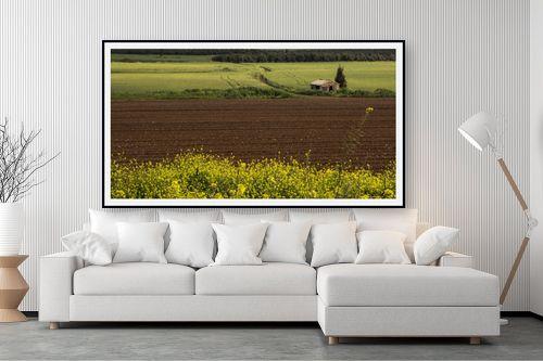 תמונה לסלון - אלעד דרור - בקתה בשדה אביבי - מק''ט: 314103