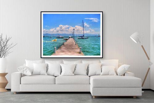 תמונה לסלון - מתן הירש - רציף, סירות וים - מק''ט: 336116