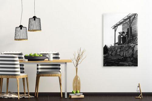 תמונה לפינת אוכל - דוד לסלו סקלי - נווה אילן 1947 בונים צריף - מק''ט: 144266