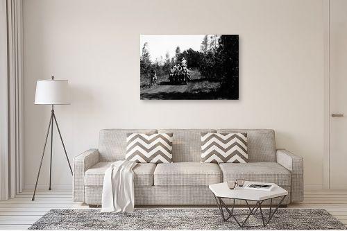 תמונה לסלון - דוד לסלו סקלי - שדה נחום 1947, עגלה ונוער - מק''ט: 142633