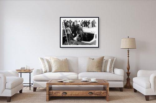 תמונה לסלון - דוד לסלו סקלי - תל אביב 1937 יורדים לסירה - מק''ט: 146004