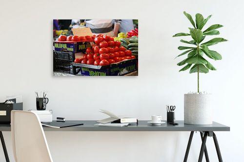 תמונה לפינת עבודה - דן ששתיאל - עגבניות בשוק - מק''ט: 111179