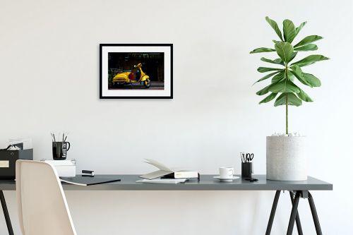 תמונה לפינת עבודה - ניר אלון - וספה צהובה - מק''ט: 129156