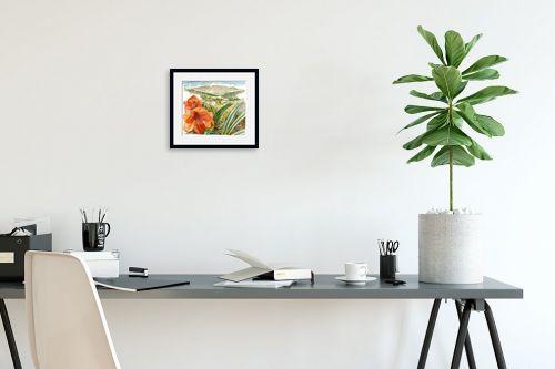 תמונה לפינת עבודה - חיה וייט - פרח אמרילוס ונוף - מק''ט: 214012