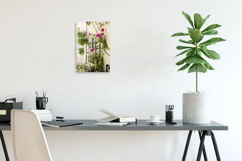 תמונה לפינת עבודה - ויויאן נתן - ורדים בחלון - מק''ט: 309893