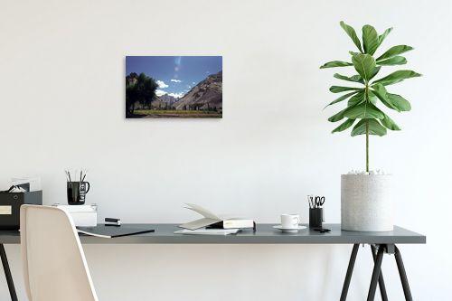 תמונה לפינת עבודה - דן ששתיאל - עצים בואדי - מק''ט: 97206