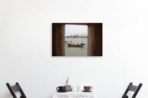 תמונה לפינת אוכל - אבי סימן-טוב - סירה במסגרת - מק''ט: 315558