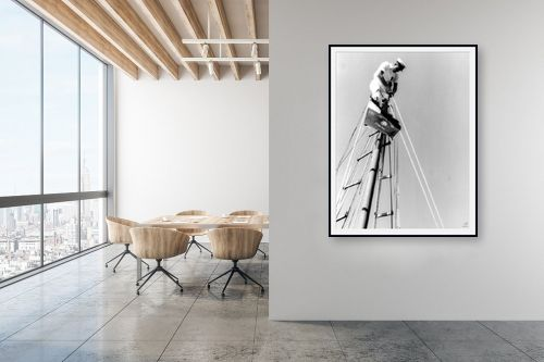 תמונה למשרד - דוד לסלו סקלי - תל אביב 1939 על ראש התורן - מק''ט: 143092