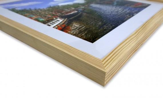 מסגור תמונות מקצועי בעבודת יד