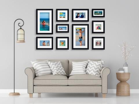 קיר משפחה - סט דגם 110 - 10 תמונות ממוסגרות בהתאמה אישית