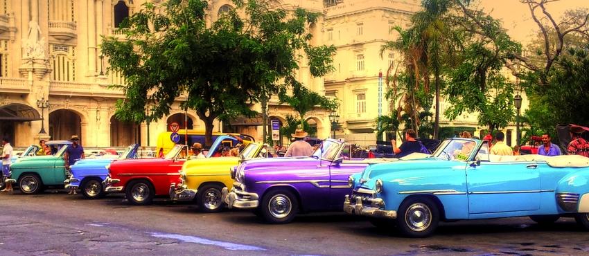 גלריית תמונות של מכוניות