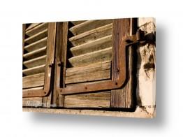צילומים מבנים וביניינים | חלון עץ