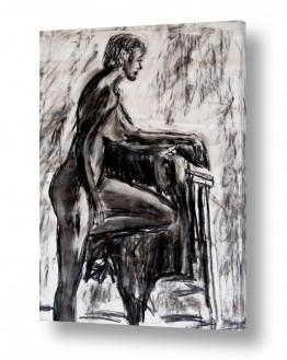 תמונות לפי נושאים מודל | אישה בעירום נשענת על כסא