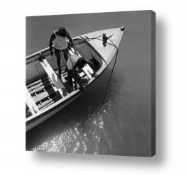 תמונות לפי נושאים חבל   תל אביב 1939 קושרים סירה