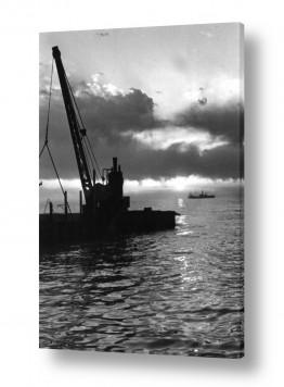 כלי שייט אוניה   תל אביב 1939 שקיעה ומנוף