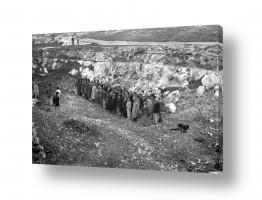 צילומים ארץ ישראל הישנה | קבורת חללים מעלה החמישה