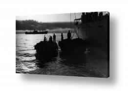 כלי שייט אוניה   תל אביב 1937 לעת ערב