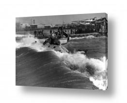 תמונות לפי נושאים ים סוער | תל אביב 1937 ים סוער בנמל