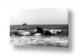 כלי שייט אוניה | תל אביב 1937 סירה בגלים
