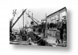 צילומים ארץ ישראל הישנה | תל אביב 1937 קהל על המזח