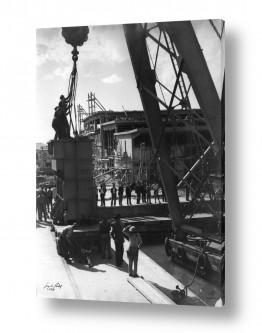 צילומים ארץ ישראל הישנה | תל אביב 1937 מנוף בנמל
