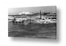 צילומים ארץ ישראל הישנה | תל אביב 1937 סירה ליד מזח